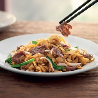 Wok-Fried Kway Teow with Beef Slices